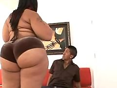 Caramel skin fatty fucks brains out