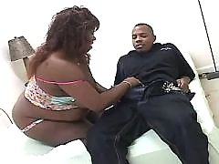 Black fat chick taking good pussy massage